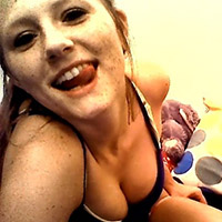 Teen Freckles Shows Off Her Head Giving Skills - Picture 4