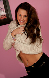 Busty Brunette Kendra In A Cream Sweater And Skin Tight Black Jeans - Picture 4