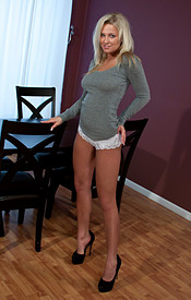 Kendra Wearing A Tight Grey Shirt With No Bra On Underneath And Her Hard Nips Popping Thru - Picture 1