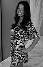 Kendra Rains In Black And White And Looking Sexy As Hell In Her Leopard Dress - Picture 1