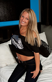 Kendra Rain Is All Smiles And Sexy In Her Tight Jeans And Cropped Shirt. Big Boobs Ftw - Picture 1