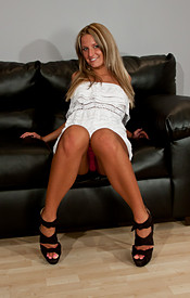 Kendra Looks Hot As Hell In Strappy Heels And A White Dress - Picture 2