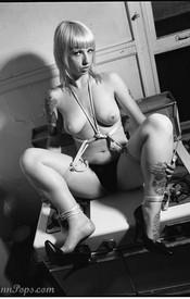 Lynn Bondage - Picture 14
