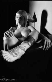 Lynn Bondage - Picture 2