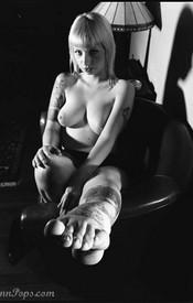 Lynn Bondage - Picture 3