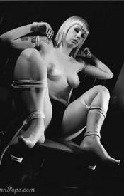Lynn Bondage - Picture 5