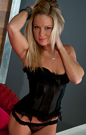 Madden Is Perfection In This Black Corset And Sheer Thong - Picture 5