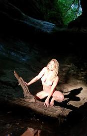 Preview Meet Madden - Cave White Bikini