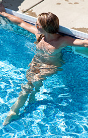 Madden Gets Naked In The Pool And Relaxes In The Water - Picture 11