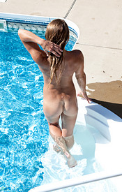 Madden Gets Naked In The Pool And Relaxes In The Water - Picture 15