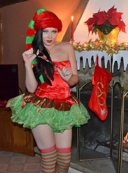 Merry Christmas From The Naughty Elf Sabrina Sins - Picture 8