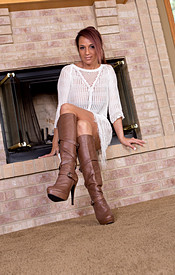 Nikki Sims Sans Panties And Bra Gets Hot By The Fireplace - Picture 1