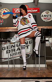 Hockey Is Back And Nikki Is Supporting Her Favorite Home Town Team In The Bar - Picture 1
