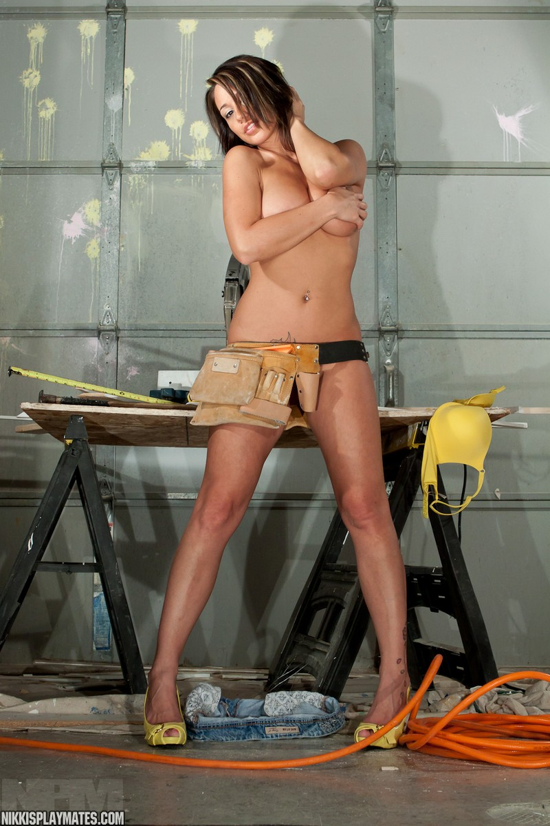 nude indian model hip
