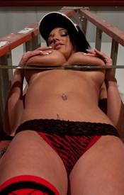 Nikki Ladder - Picture 9