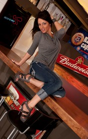 Nikkis Got Pump Love On The Bar, Showing Off Her Powerful Ass And Big Tits - Picture 2