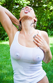 Sexy Blonde Nikki Playing In The Rain And Getting Her Tits Nice And Wet - Picture 8