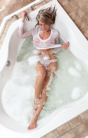 Busty Babe Nikki Is Soaking Wet Hot And Ready - Picture 10